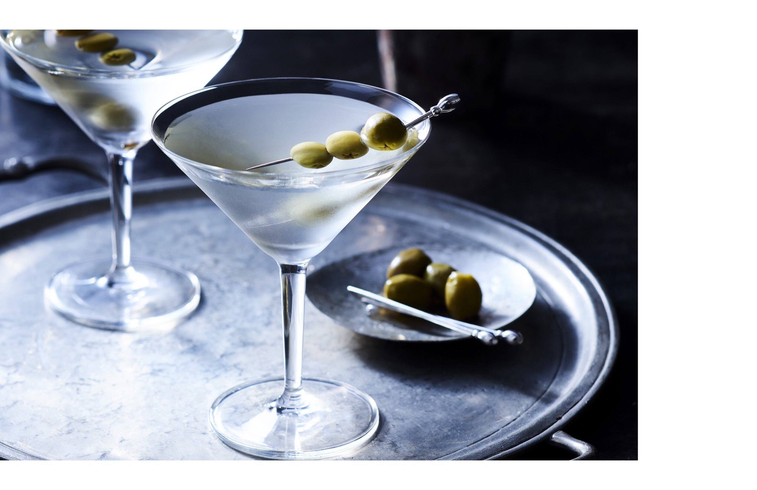 Martini with oyster 3.jpg