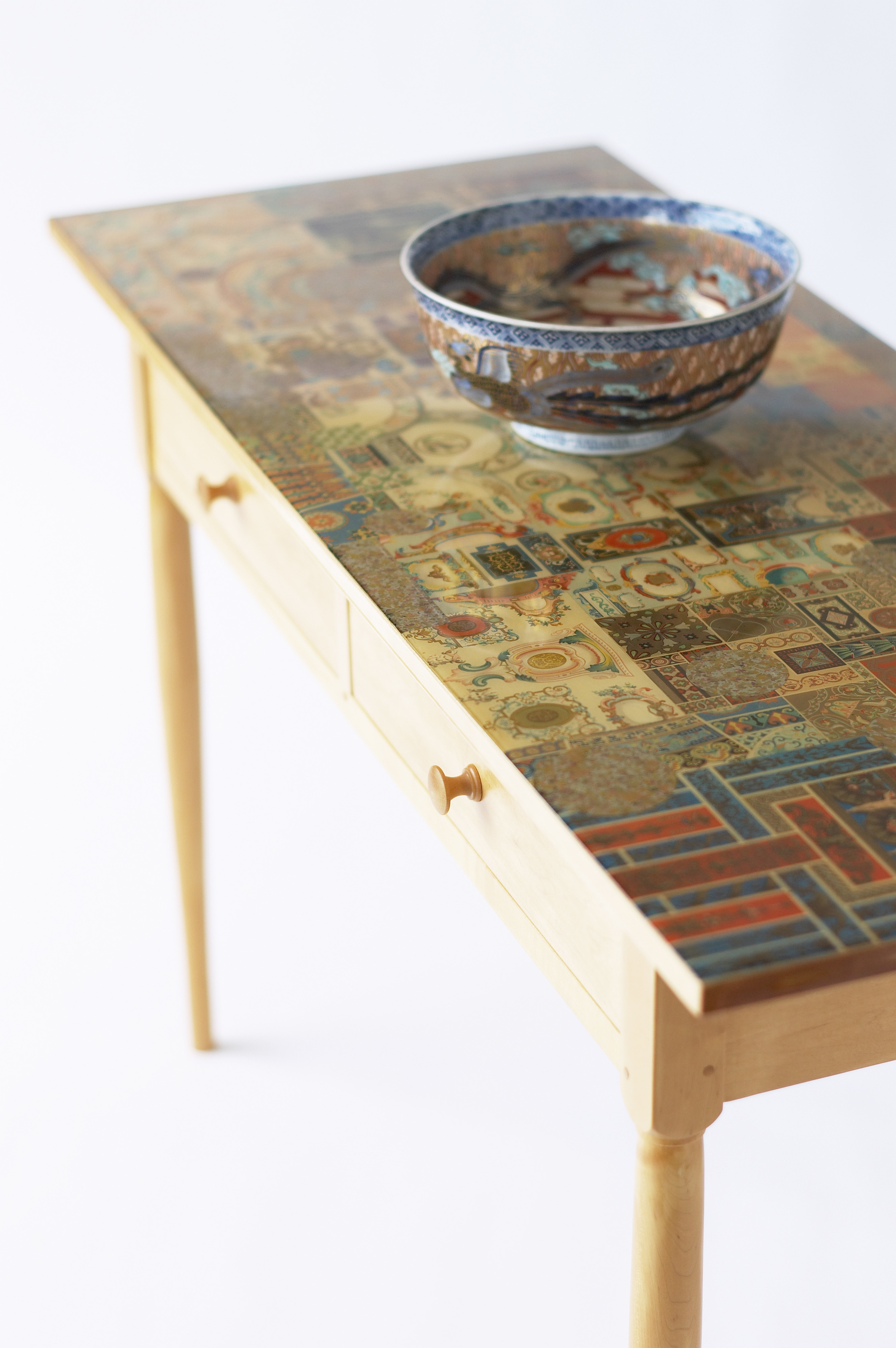 Sea of Tranquility, table