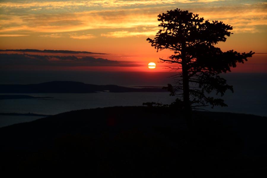 Cadillac Mt sunrise.jpg