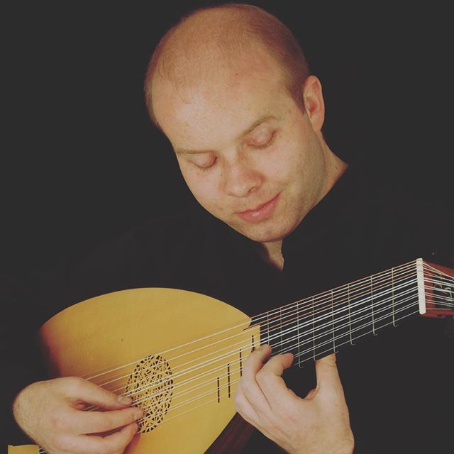 The MFS Artist Collective is made up of about 50 incredible musicians across N America, Europe and U.K. We'll be introducing them to you here over the next few weeks. First, meet Matt Wadsworth, a fantastic lutenist based in Norwich, England. Check out his profile in the link in the bio.