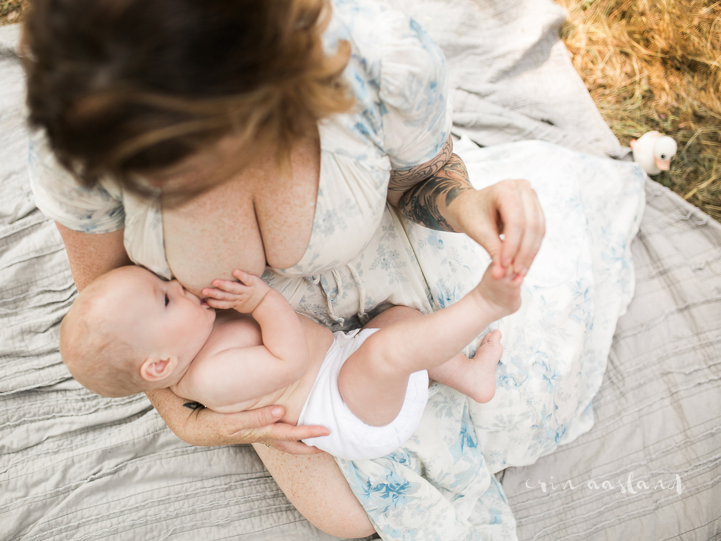 Erin Aasland Snoqualmie Family Photographer 6 mo baby breastfeeding over shot moment
