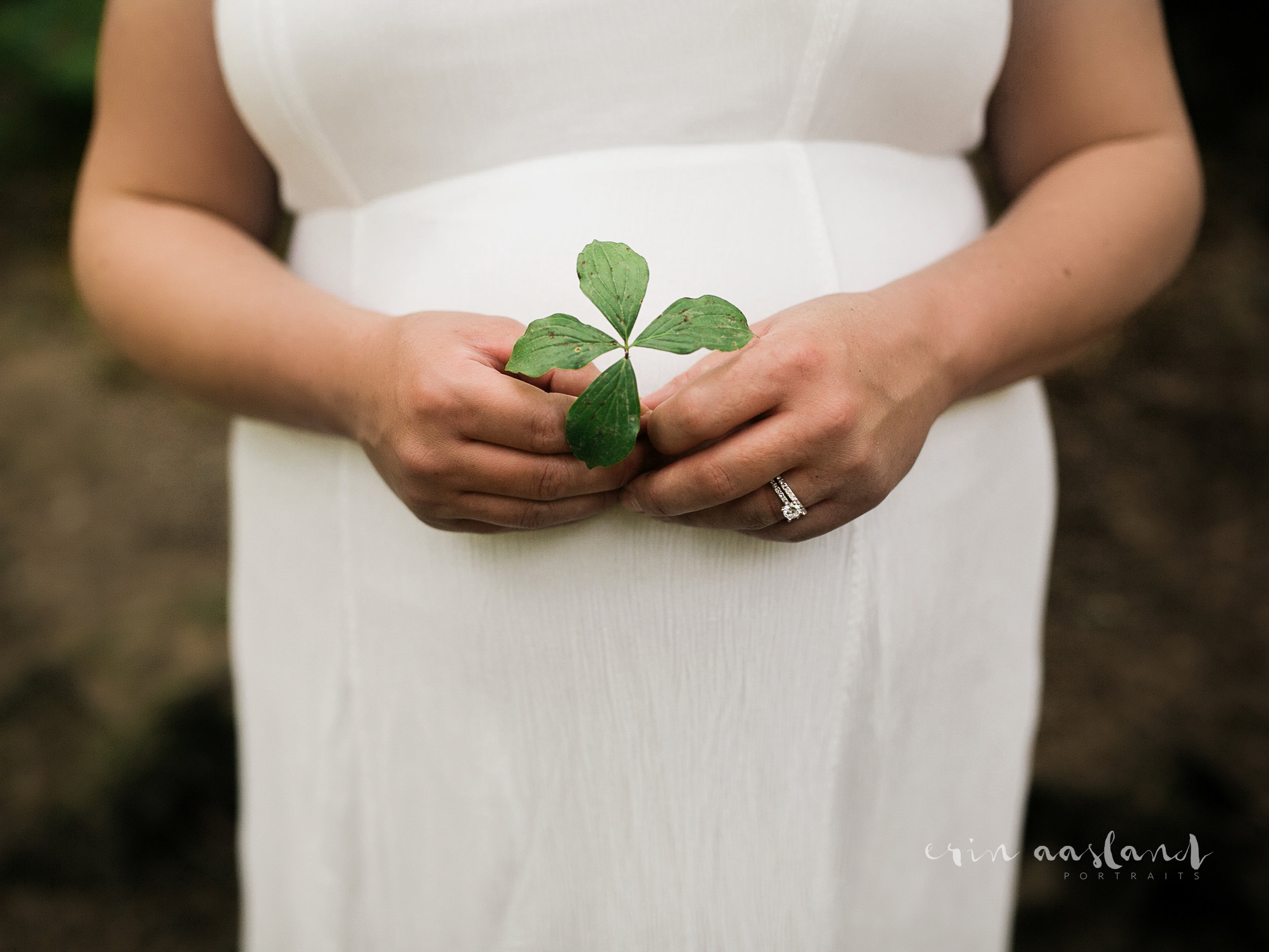 maternity session boho dress green leaf