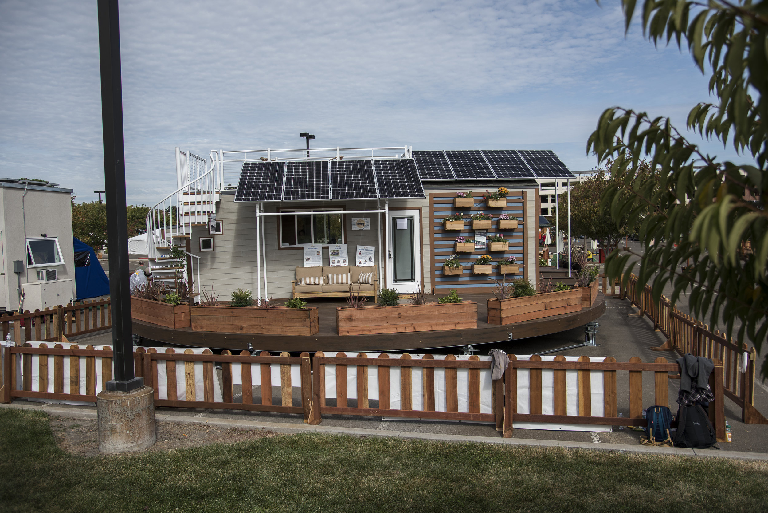 JL161013_4161_0131_TinyHouseCompetition.jpg