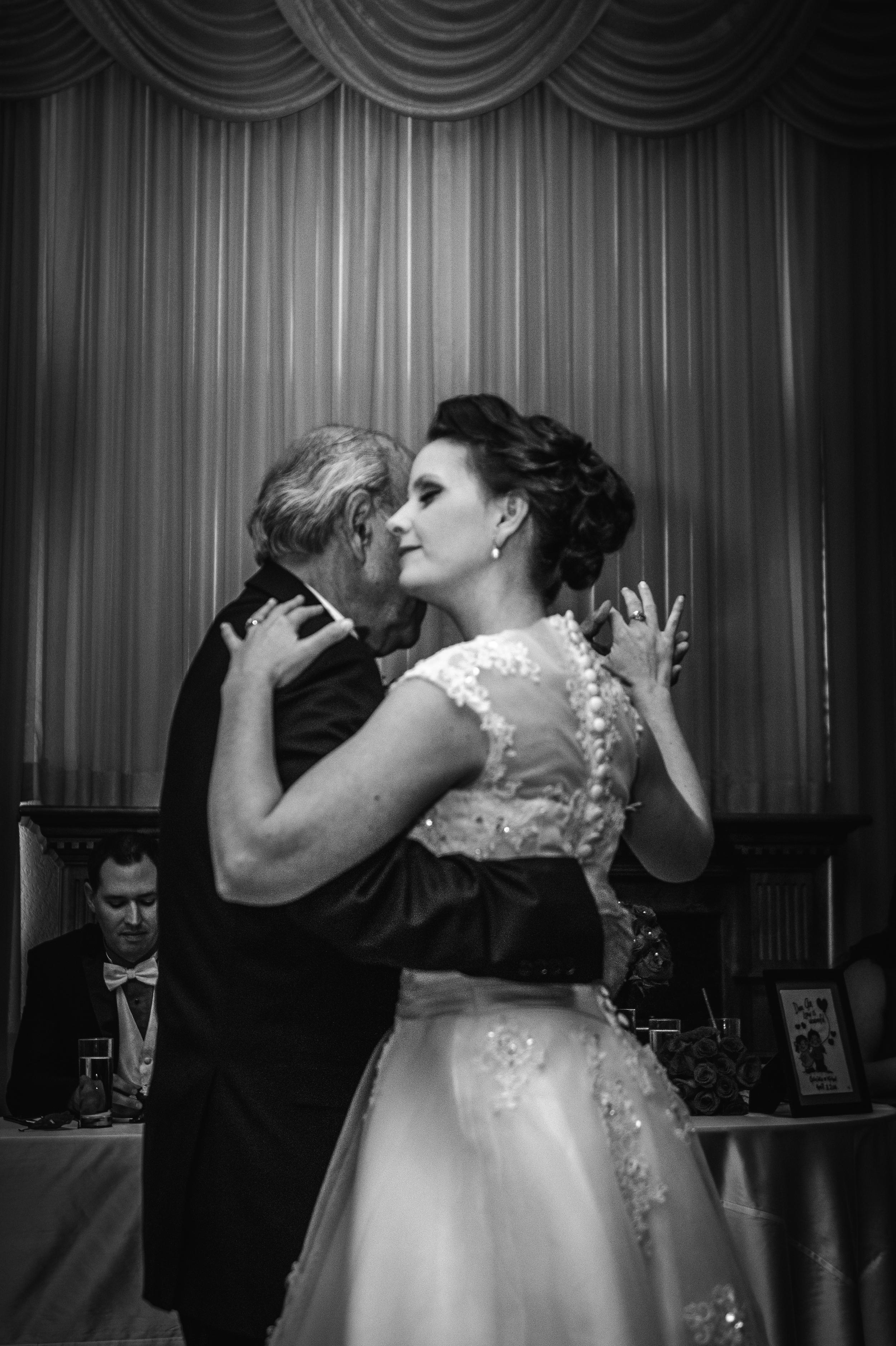 2016 April Combs Wedding BLOG6.jpg