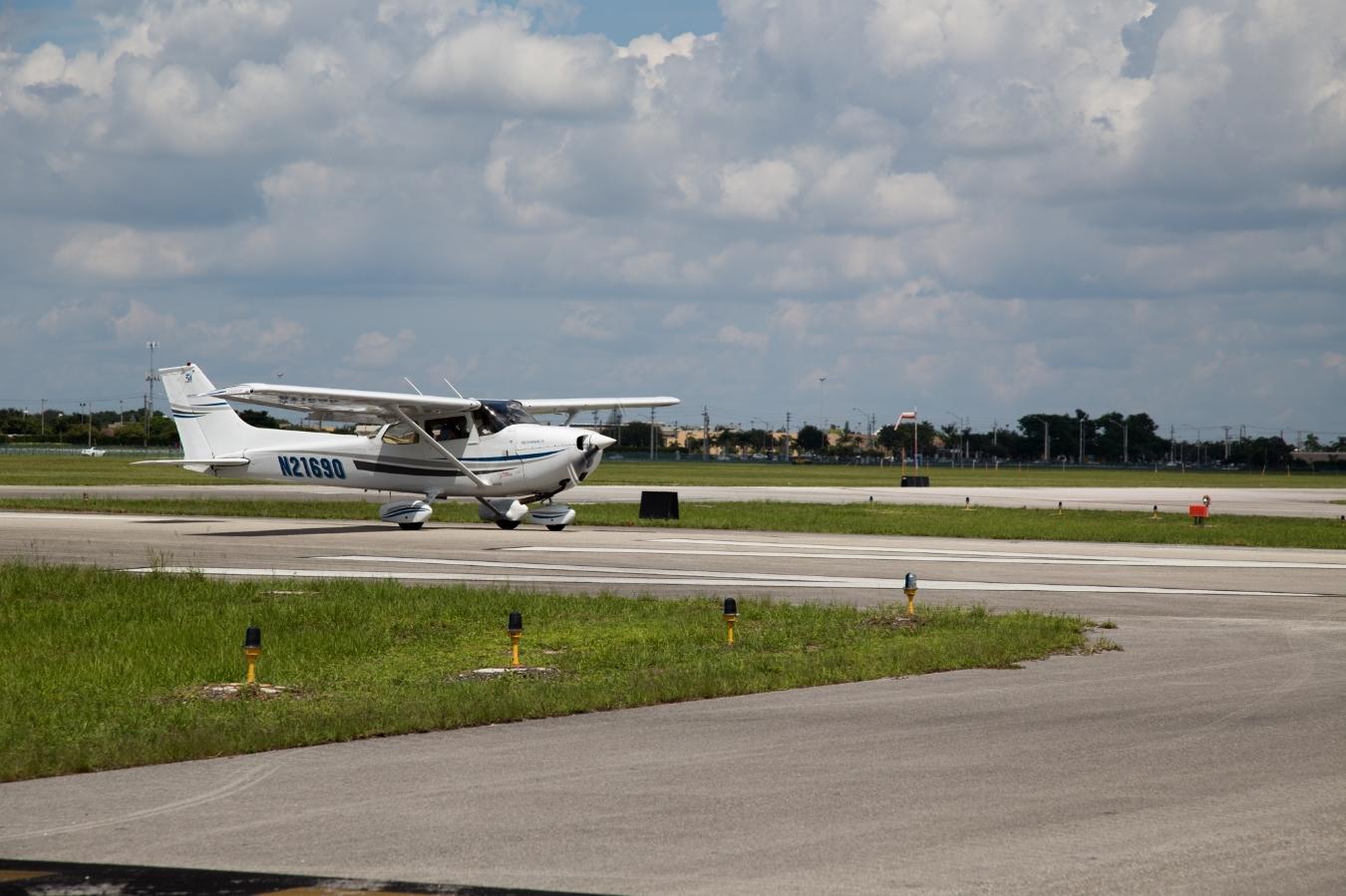 Fly A Cessna