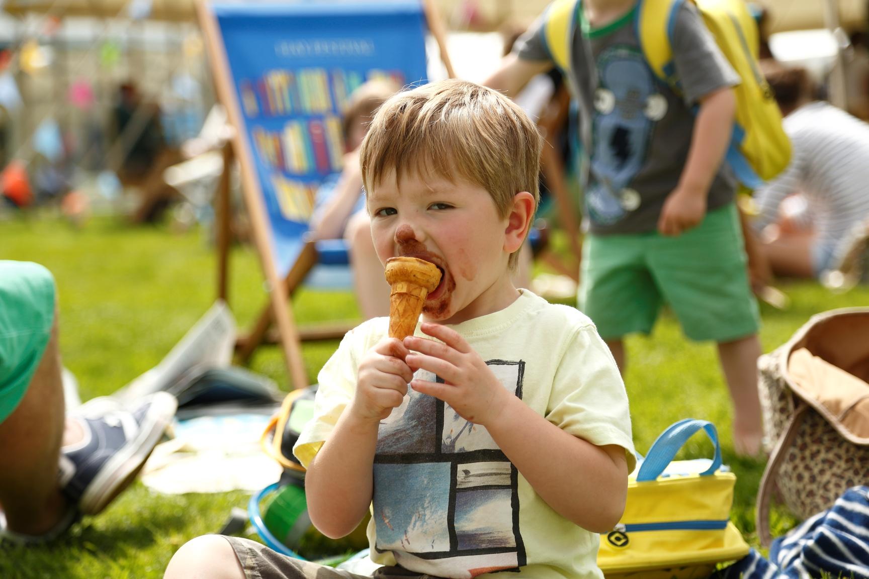 Hay Festival 2015 - boy with ice cream.jpg