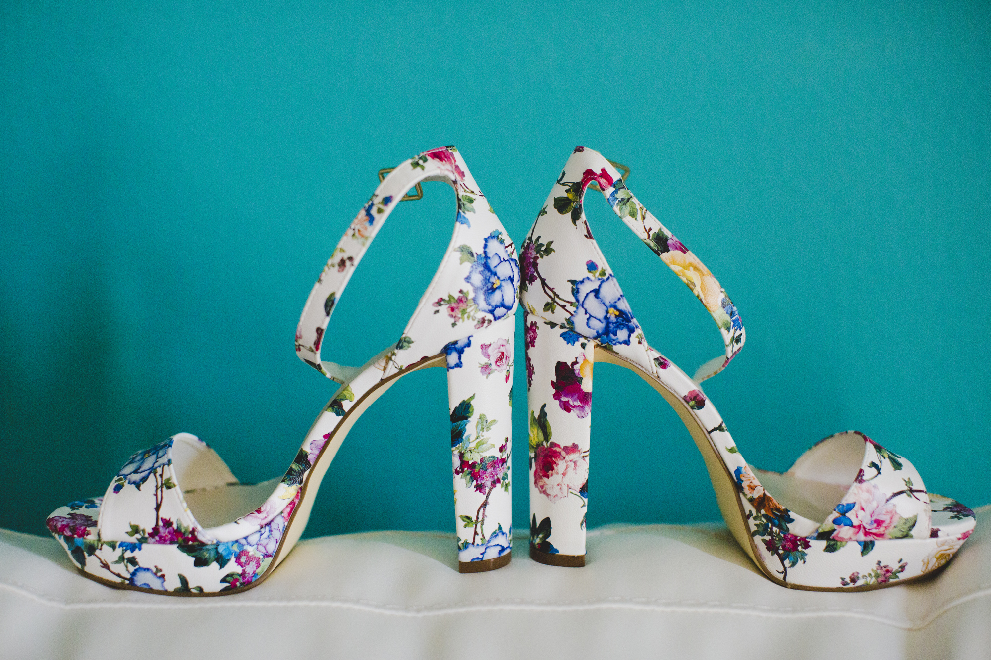 and can we just pause this blog for a moment in honor of these KILLER shoes?  Huh?  Can we?