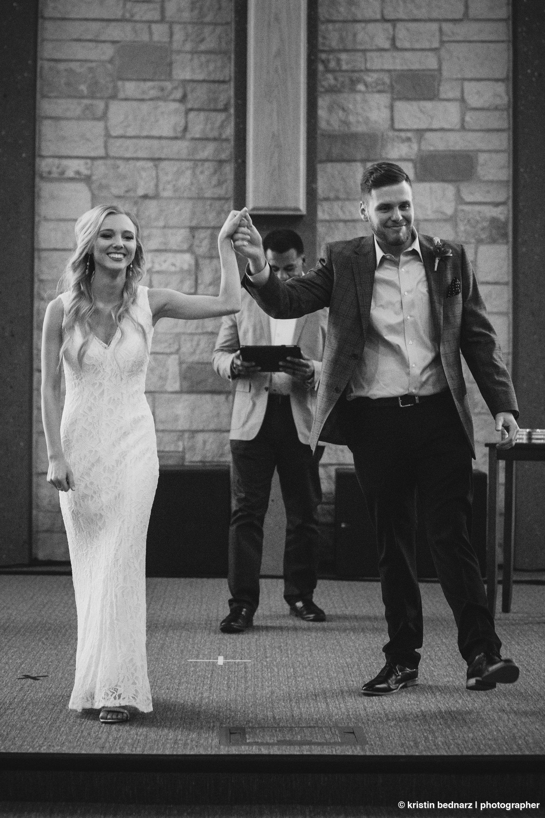 kristin_bednarz_wedding_photographer_20190214_00051sneak_peek.JPG