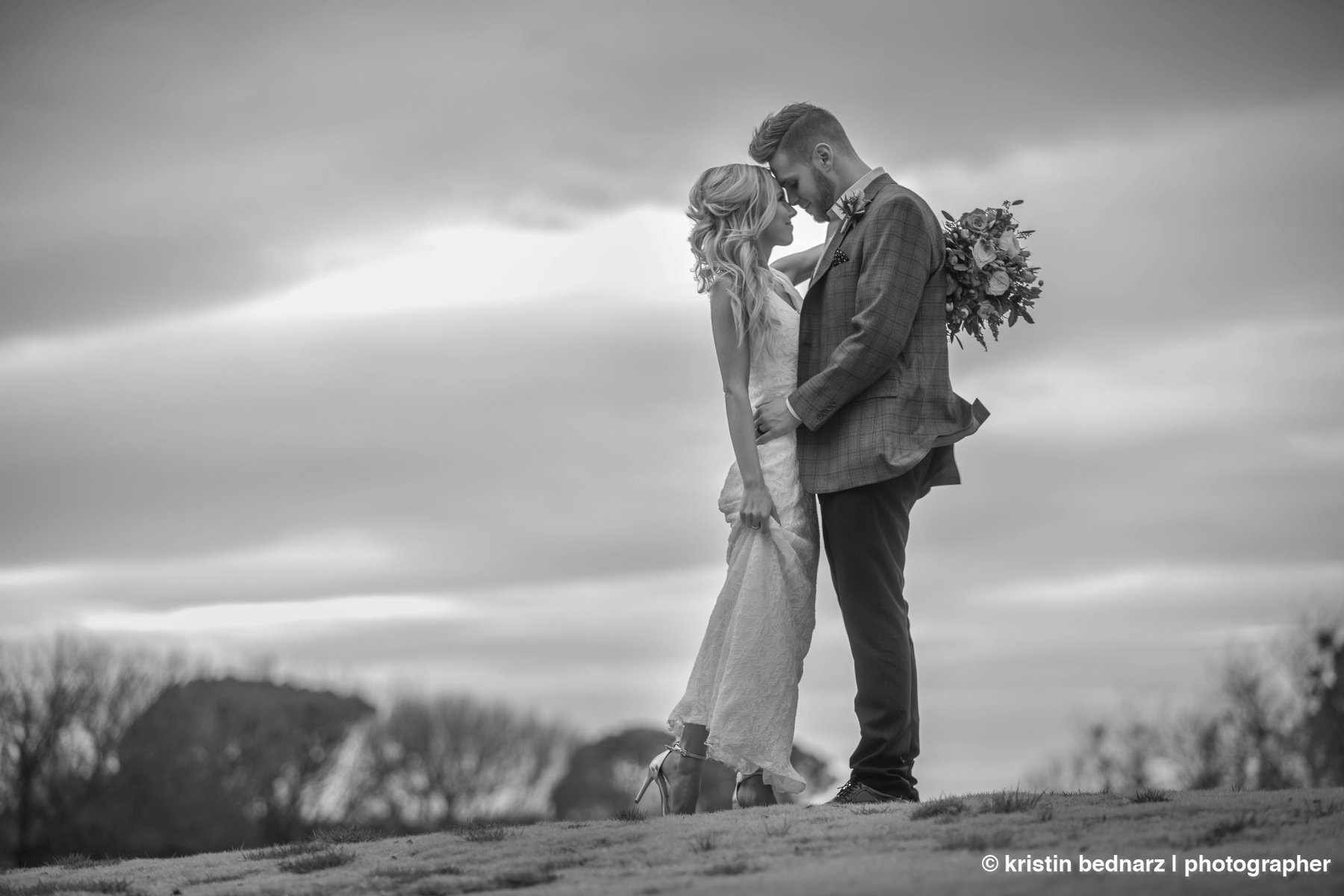 kristin_bednarz_wedding_photographer_20190214_00071sneak_peek.JPG