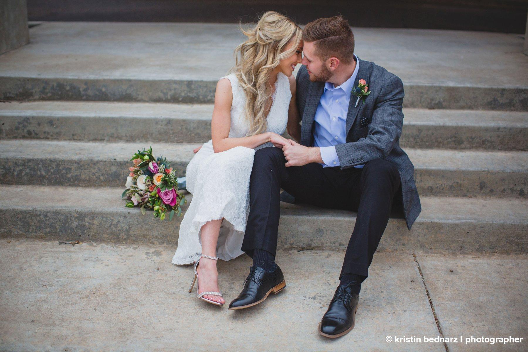 kristin_bednarz_wedding_photographer_20190214_00081sneak_peek.JPG