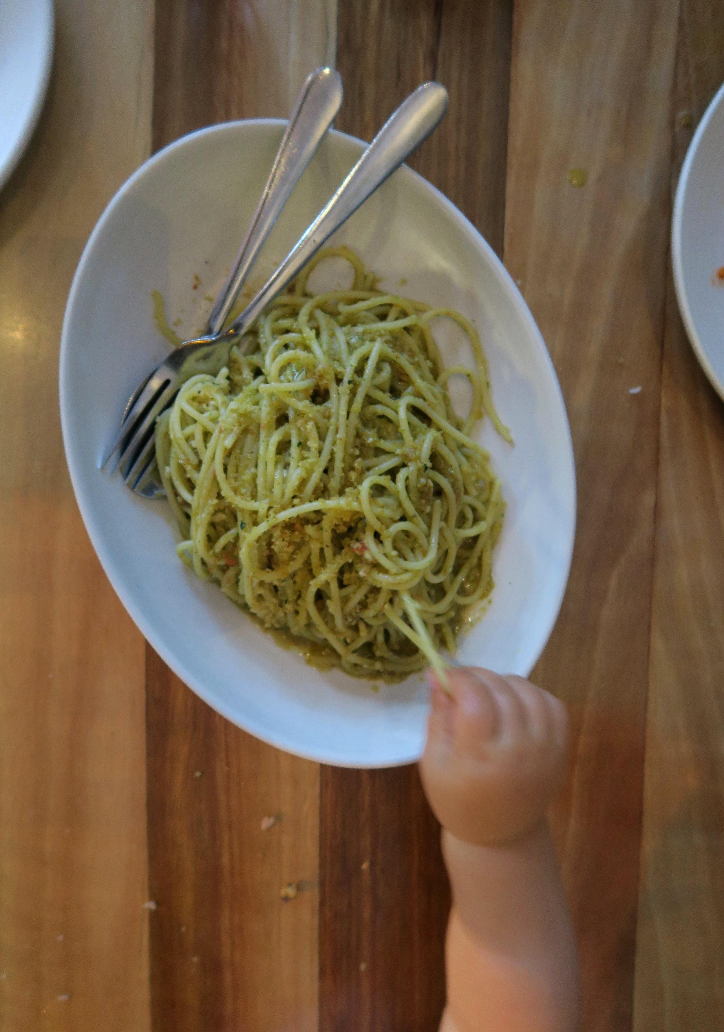 spaghetti+alla+trapanese+rosas+canteen.jpg