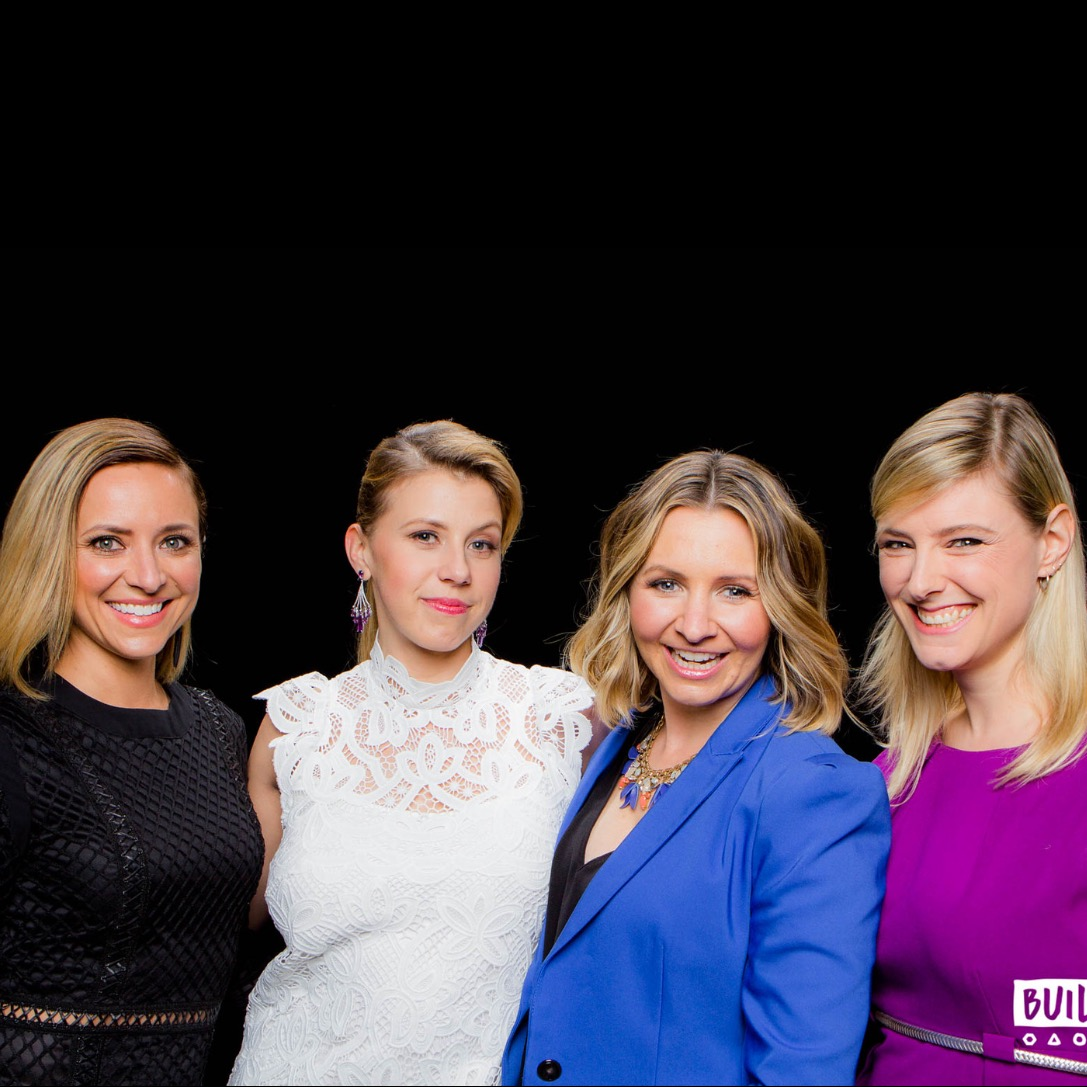 "Christine Lakin, Jodie Sweetin & Beverley Mitchell  ""Hollywood Darlings"""