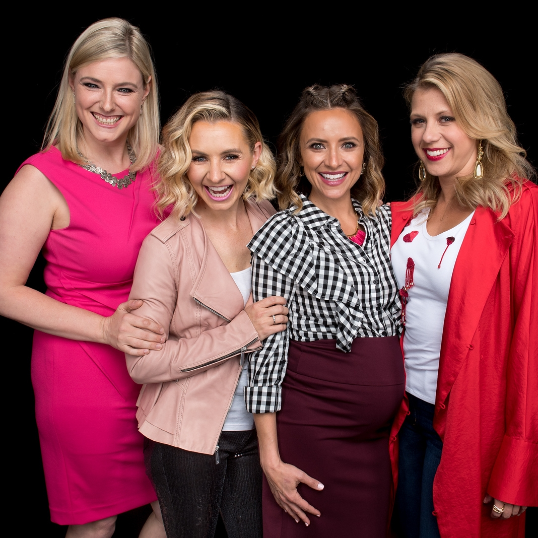 "Beverley Mitchell, Christine Lakin & Jodie Sweetin  ""Hollywood Darlings"""