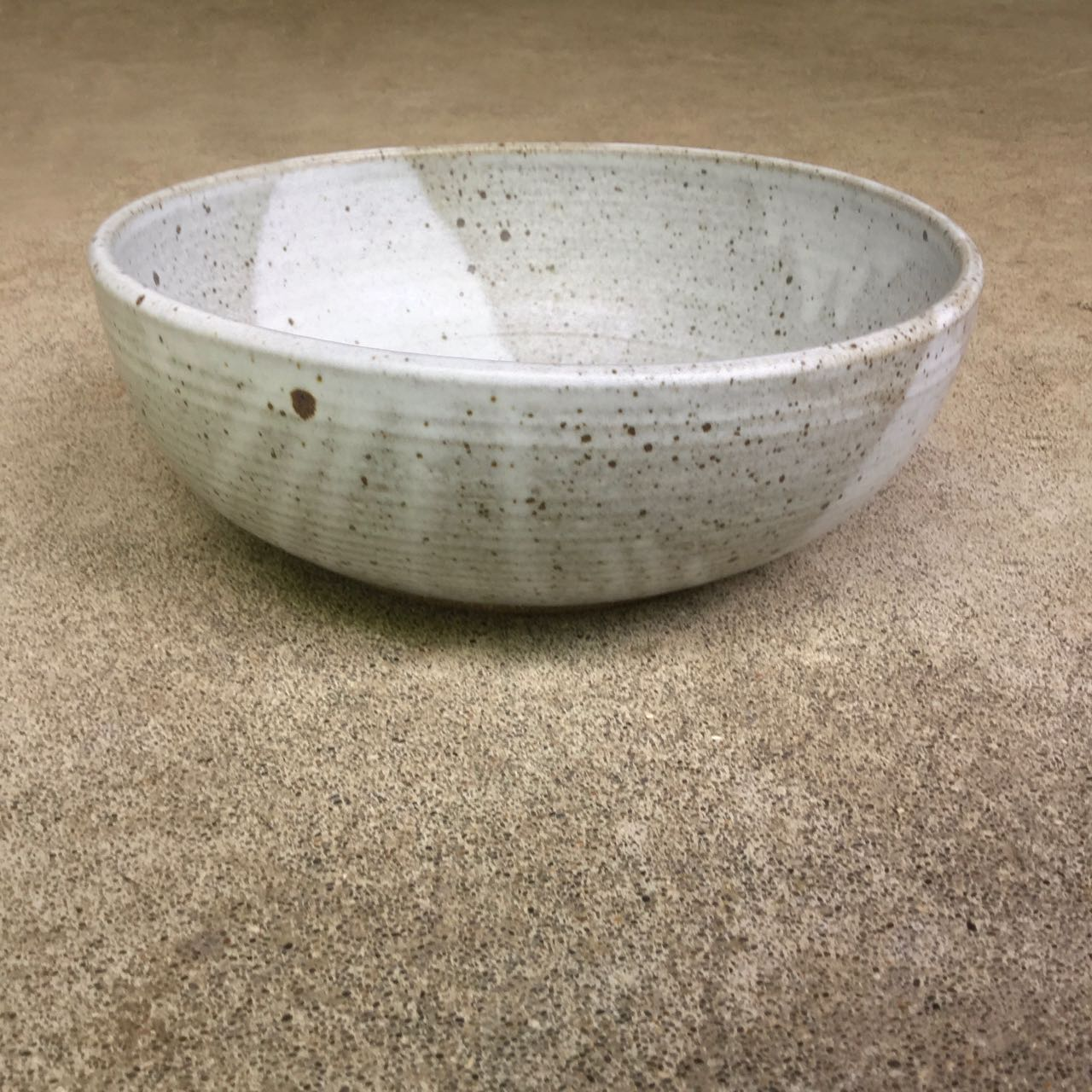 1042 Mixing Bowl side 2.jpg