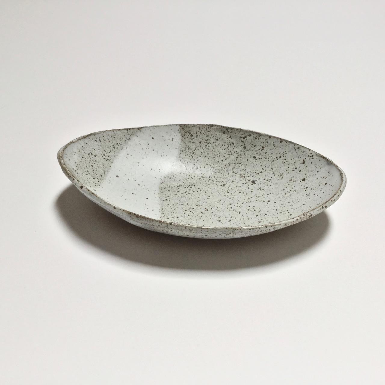 1069 Speckled oval side.jpg