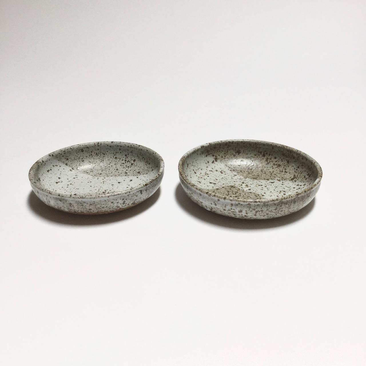 1071 Pair speckled low bowls side.jpg
