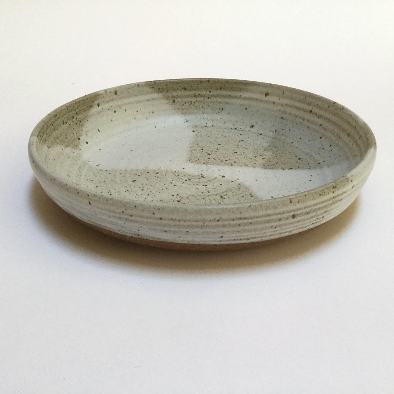 1117 Serving bowl side 2.jpg