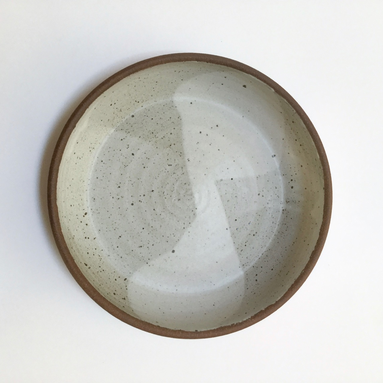 1118 Bare rim serving bowl top.jpg