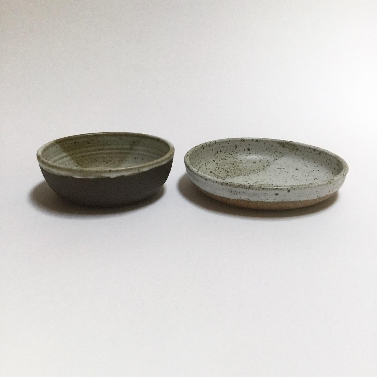 1124 Two bowls side.jpg