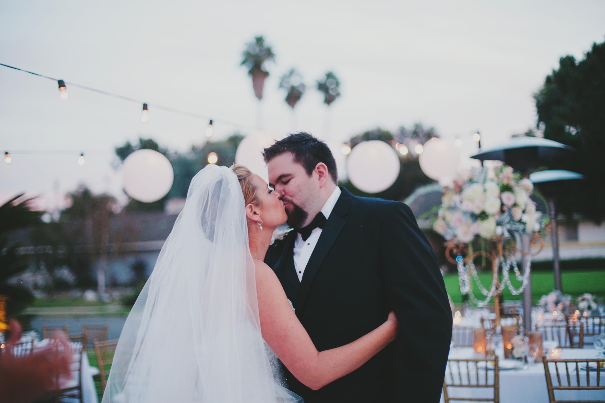 The-Suitcase-Studio-Timree-Matt-Lifestyle-Wedding-Photographer-069.jpg