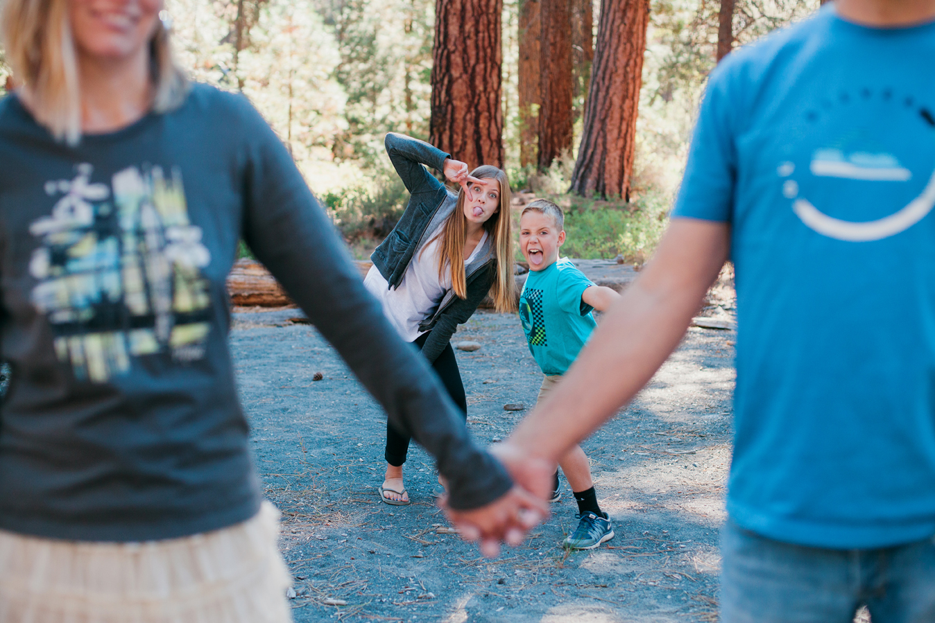 fun lifestyle family photography in bend oregon - by the suitcase studio