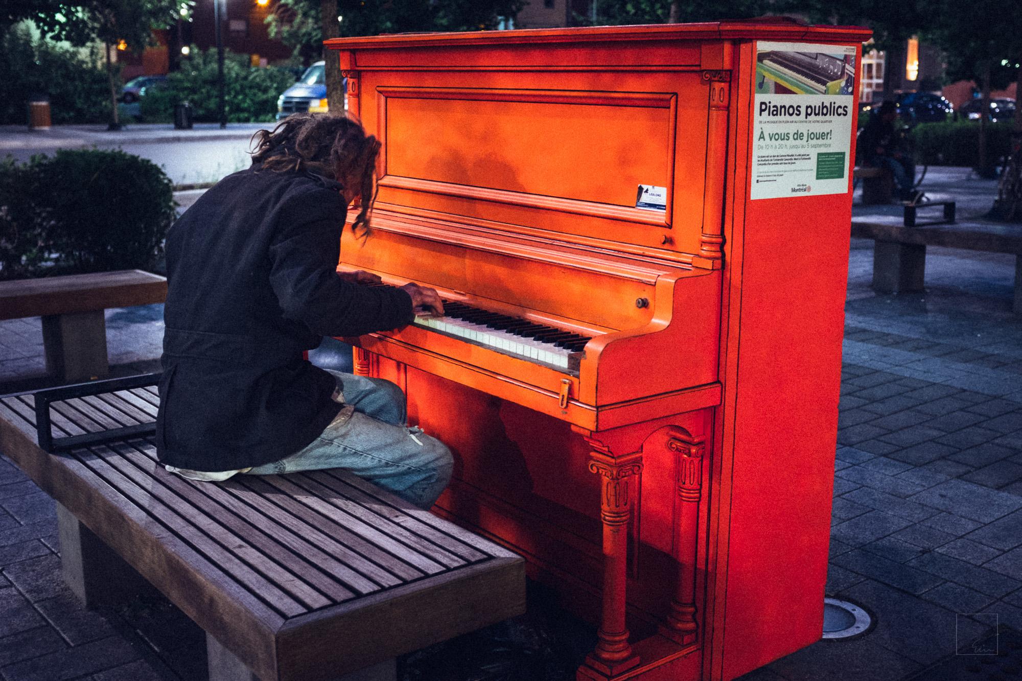 Pianos publics