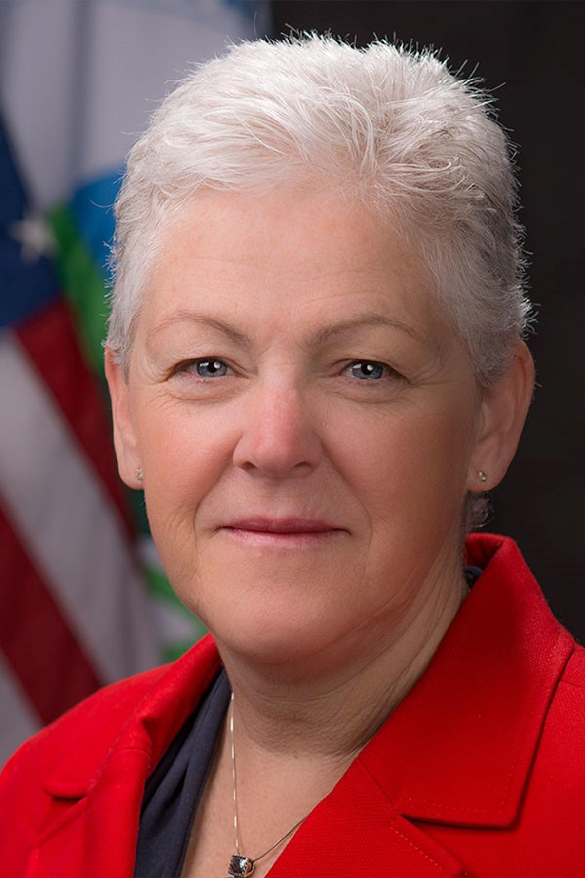 Keynote, Gina McCarthy, steered President Obama's global warming/climate change initiative.