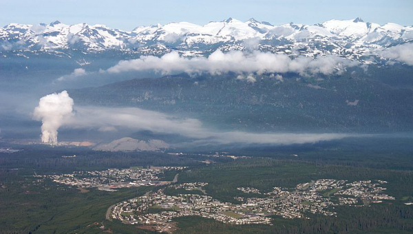 The Rio Tinto smelter in action over Kitimat (photo credit: Sam Beebe, Ecotrust)