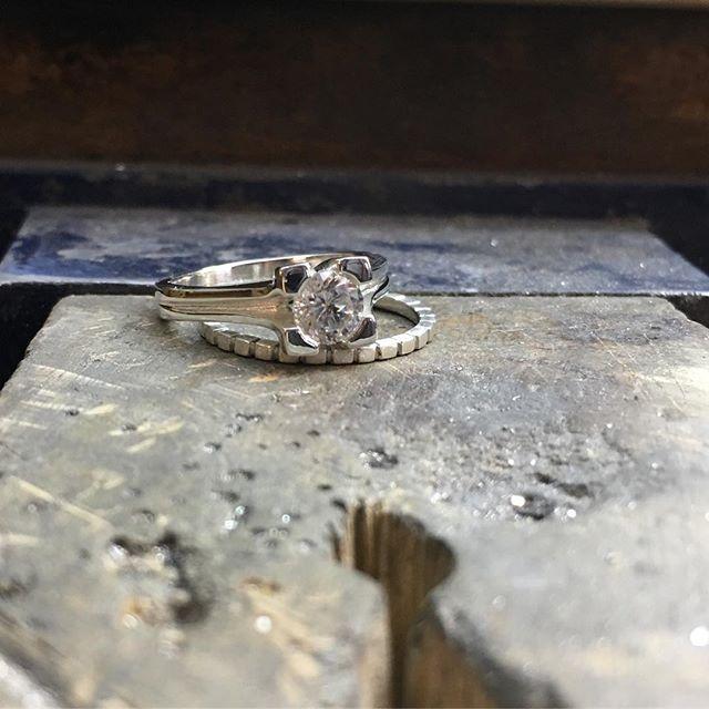 Another wedding set... sensing a theme. #laurakieferdesigns #denvermade #engagementrings