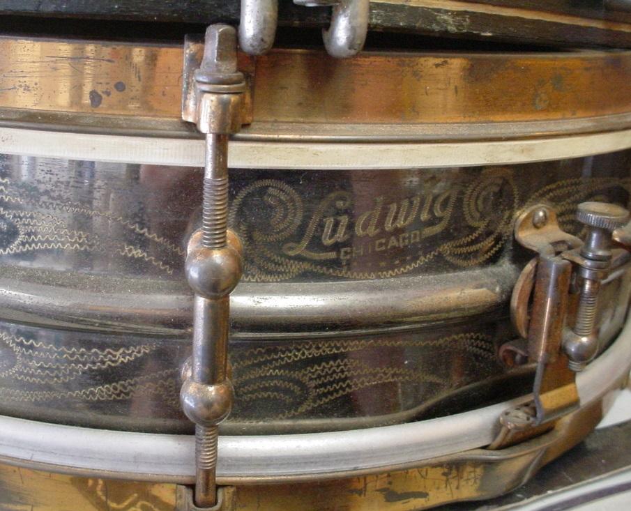 1919-22L&LfancyscrollDeLuxef