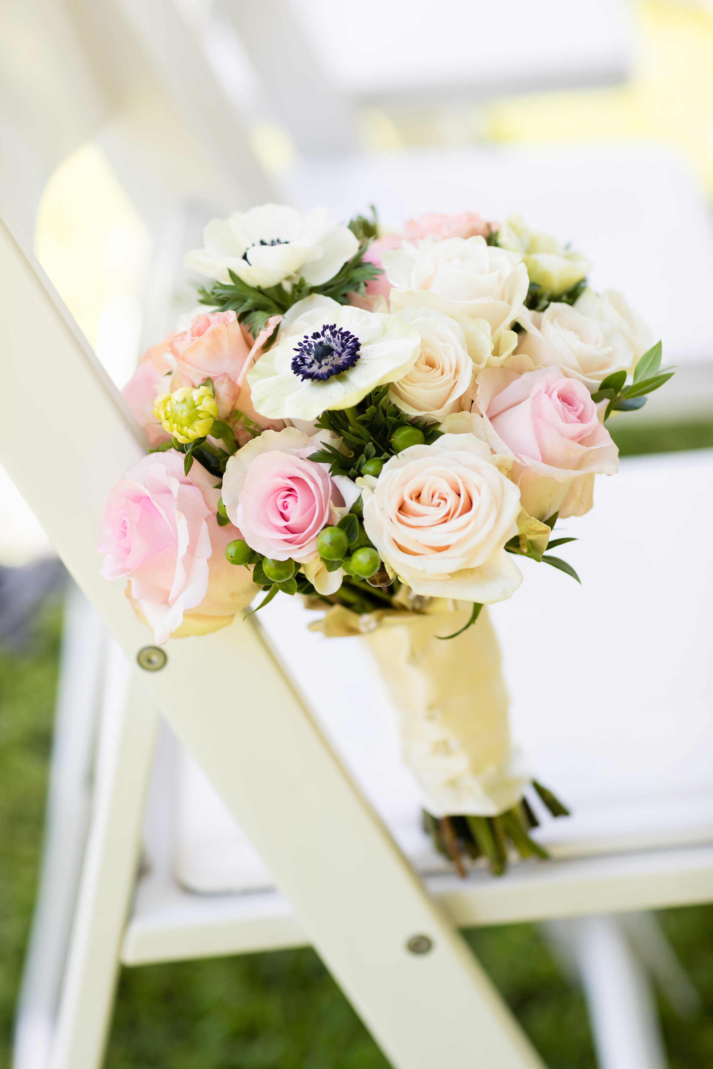 These beautiful flowers were crafted by  Diana's Flowers Hollywood . Aren't they gorgeous!