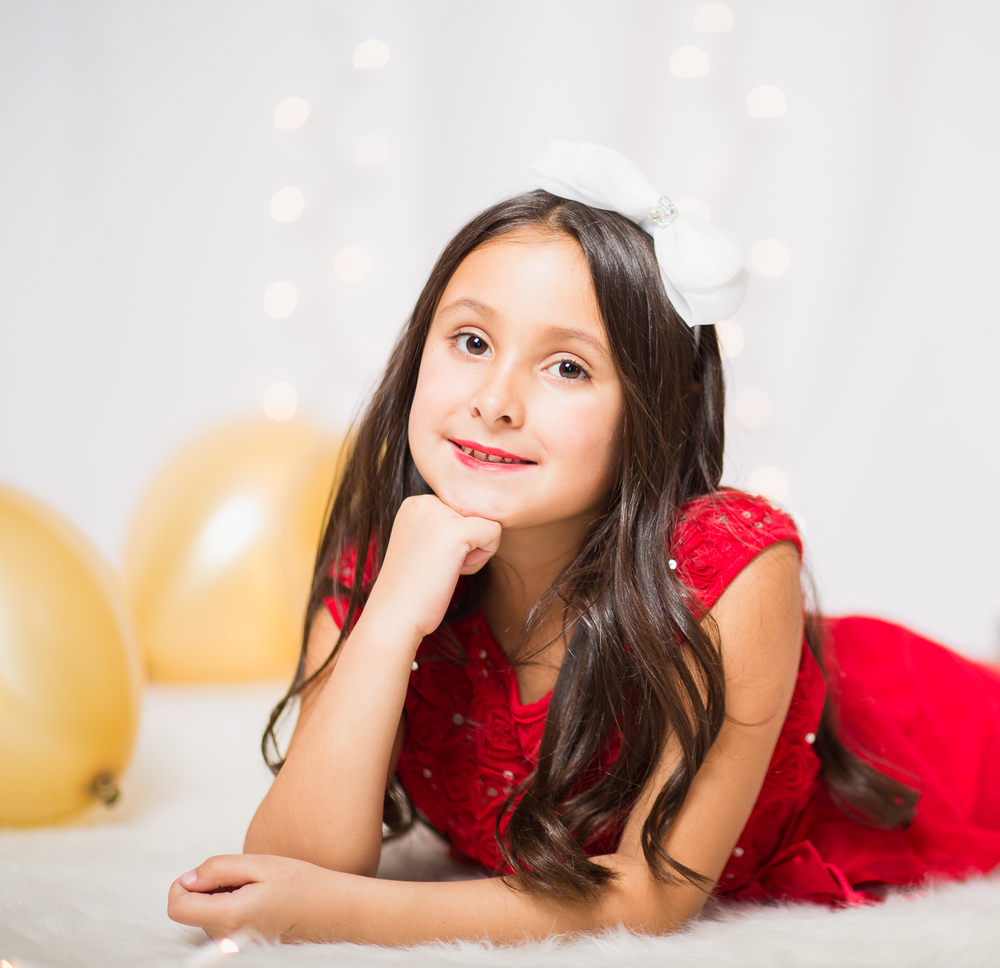 holiday styled home photo shoot for kiddos.jpg