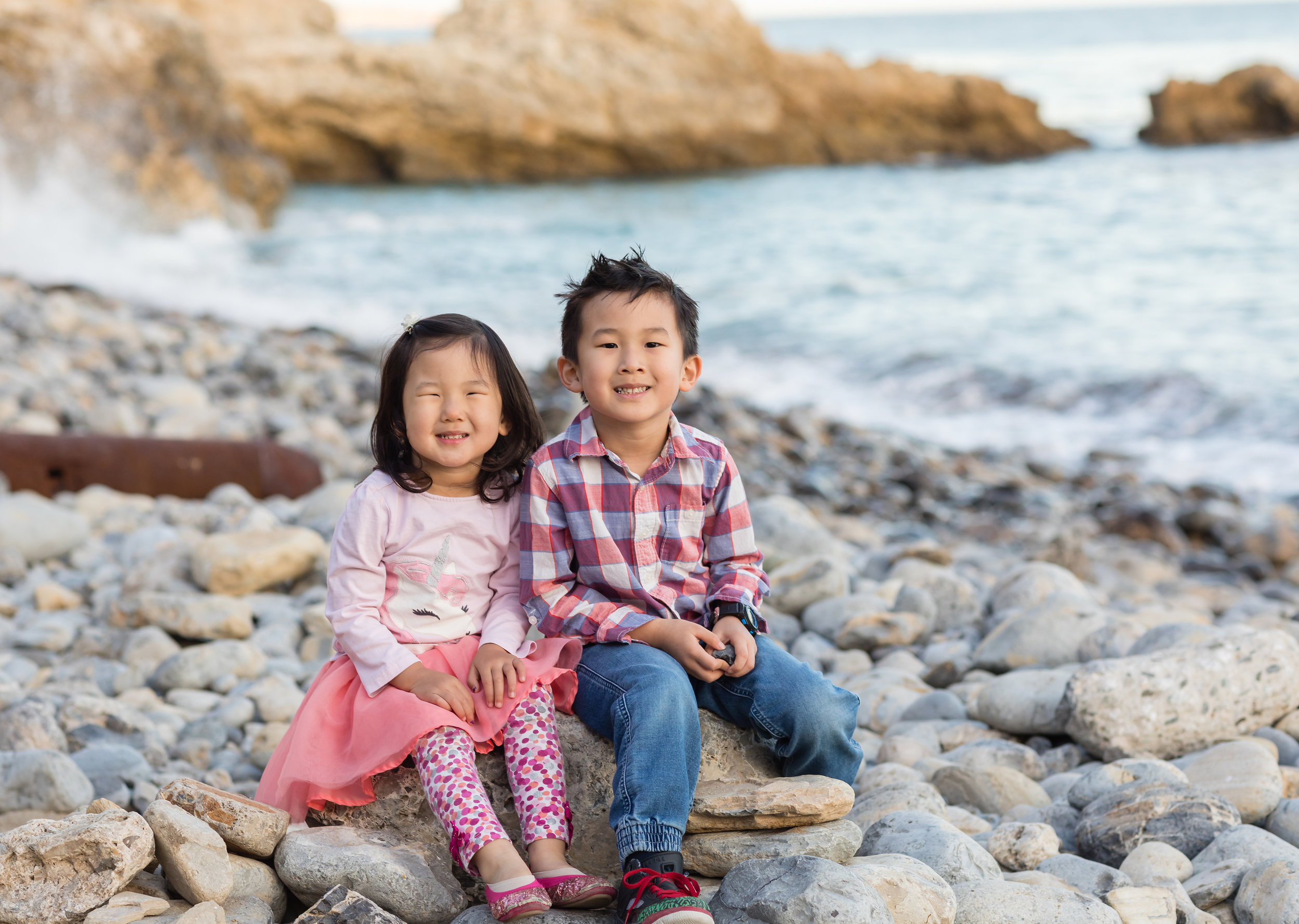 Cute kid portraits at the beach.jpg