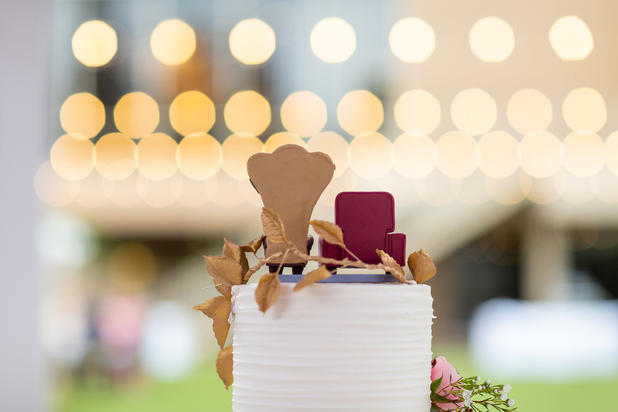 Photo of Creative Cake Topper with Strung Lights.jpg