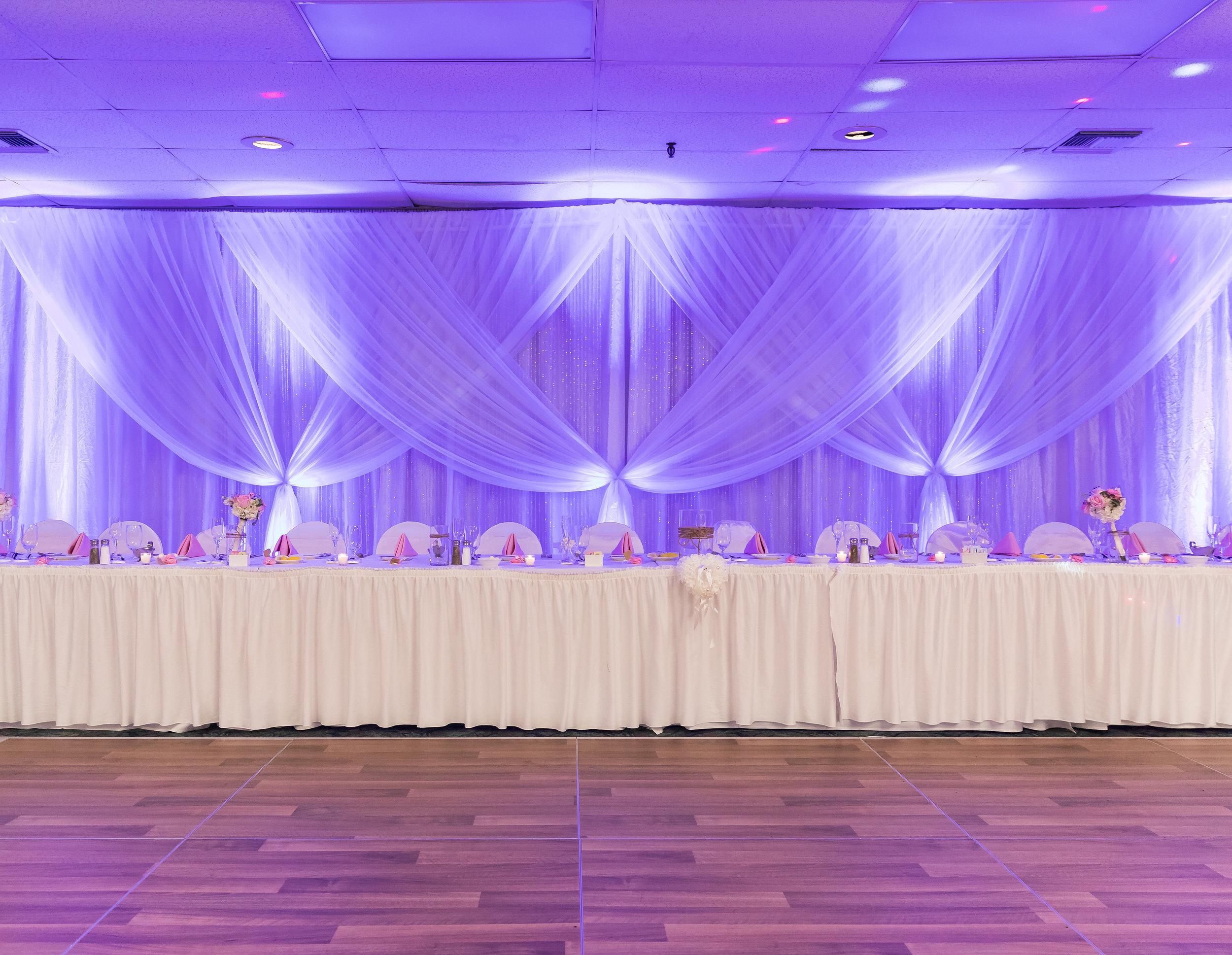 ! Wedding Party Table Decor Inspo.jpg