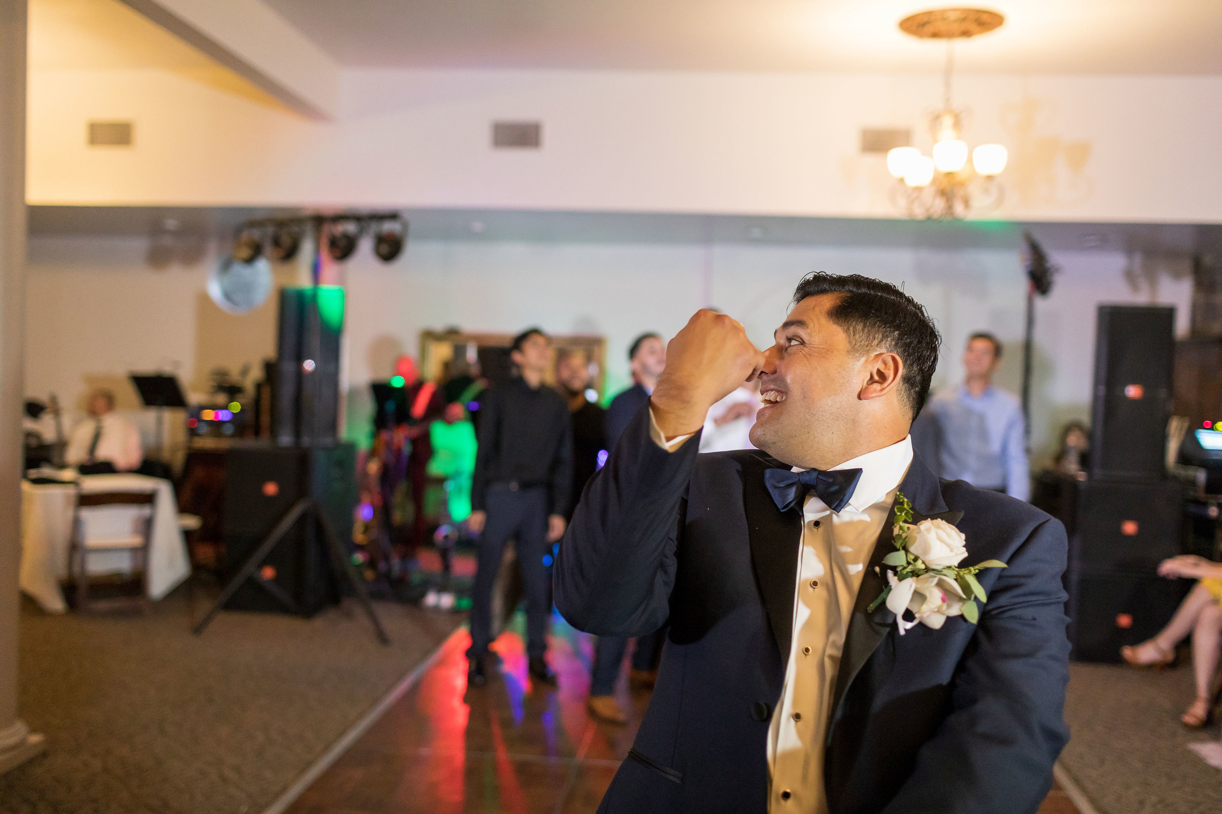 ! Garter Toss at Green Parrot Villa.jpg
