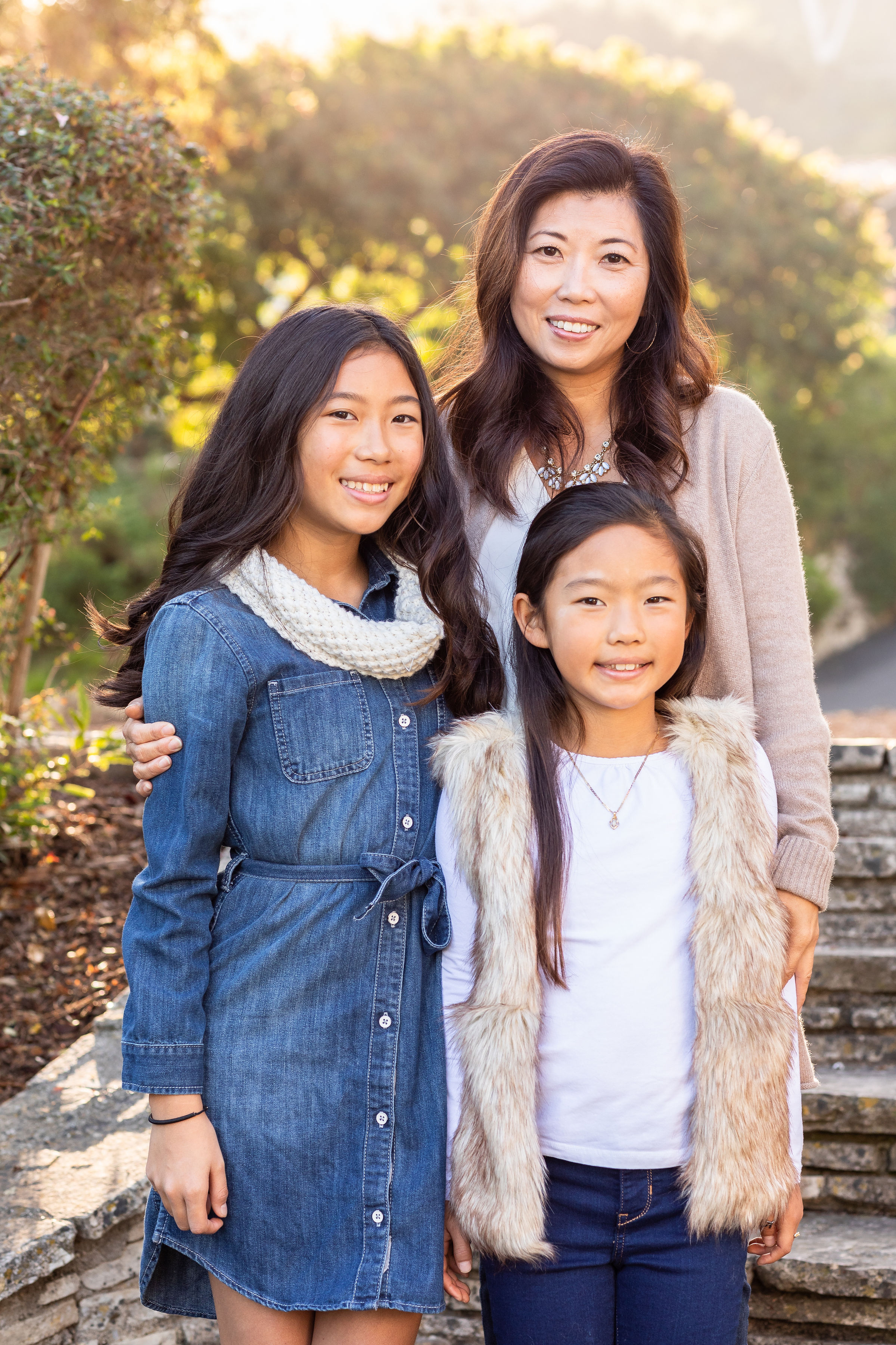 ! Morning Photo Session with Mom and Daughters with Sunflare.jpg