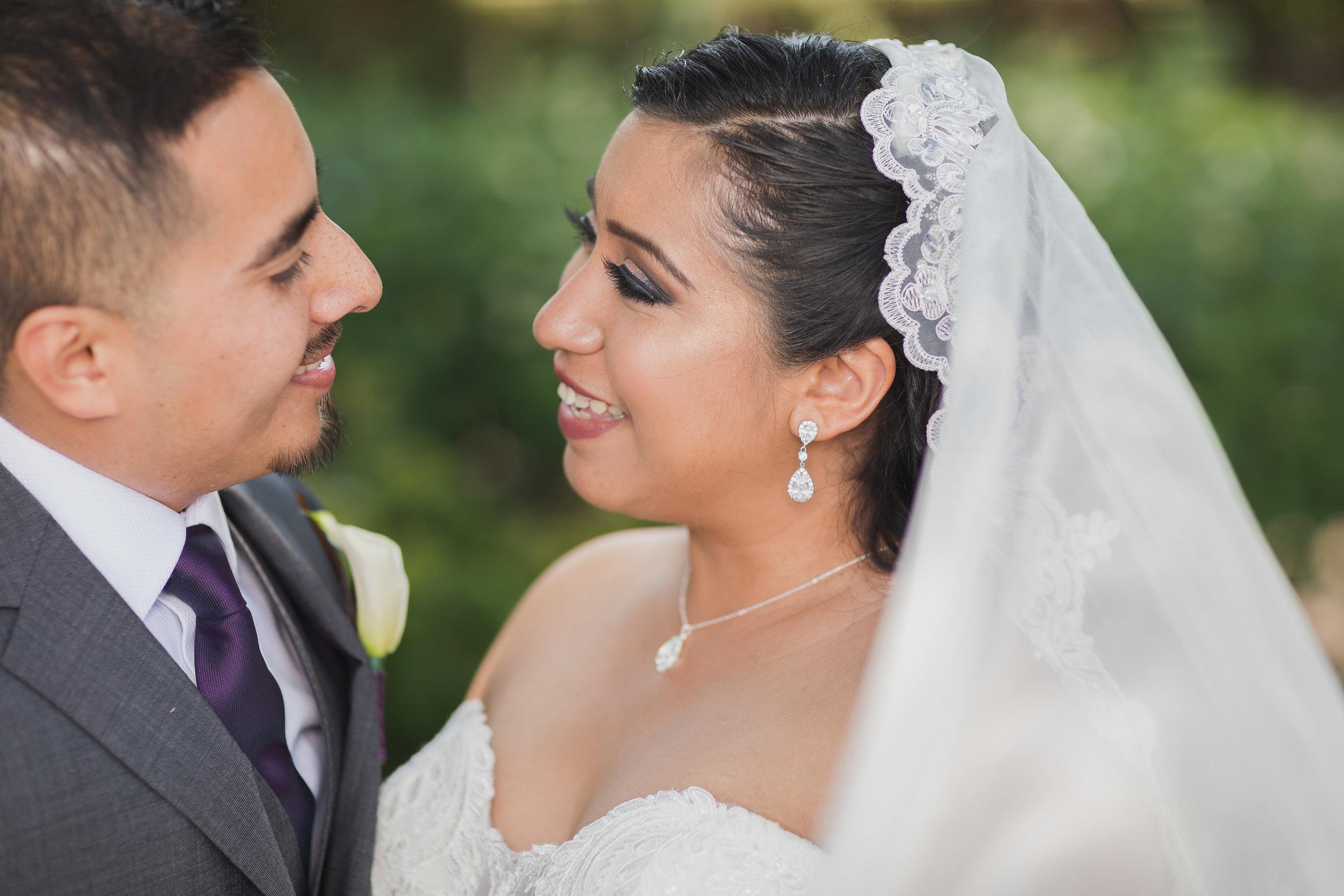 Traditional Romantic Wedding Photo.jpg