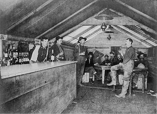 roadhouse-saloon-bluff-city-alaska-c1906.jpg