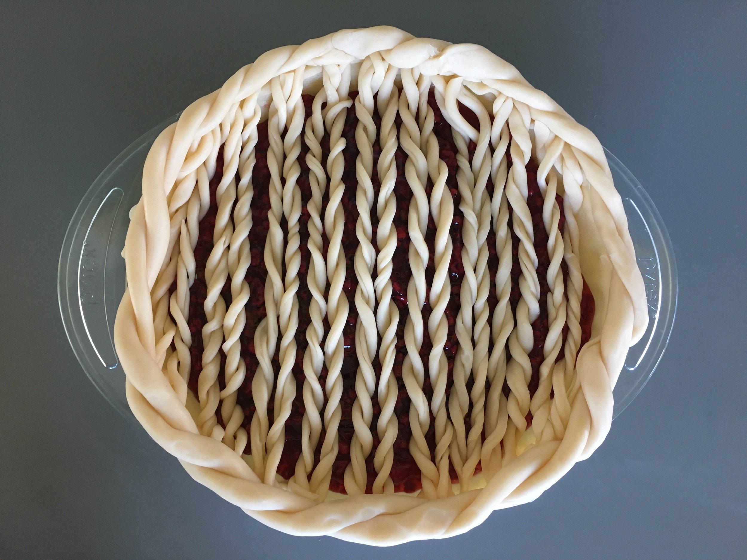 knittedpiecrust2.jpg
