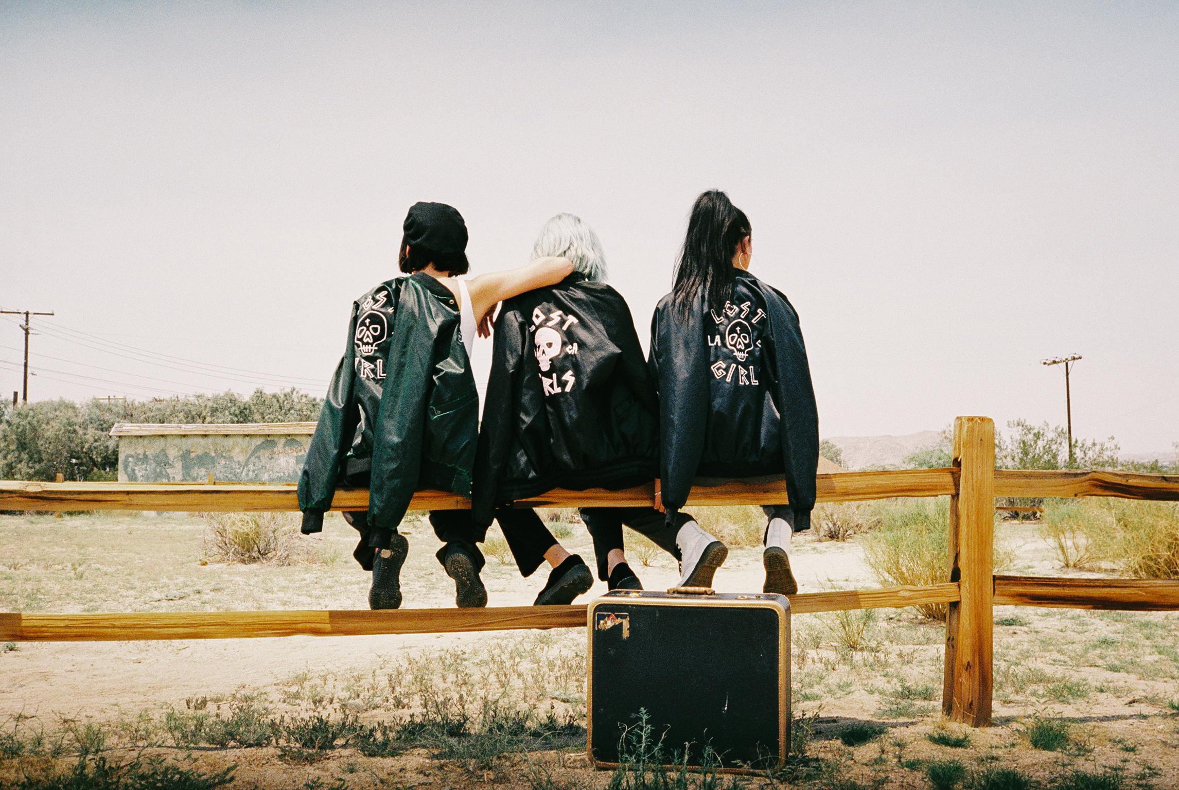 ALL LOST GIRLS36-037.JPG