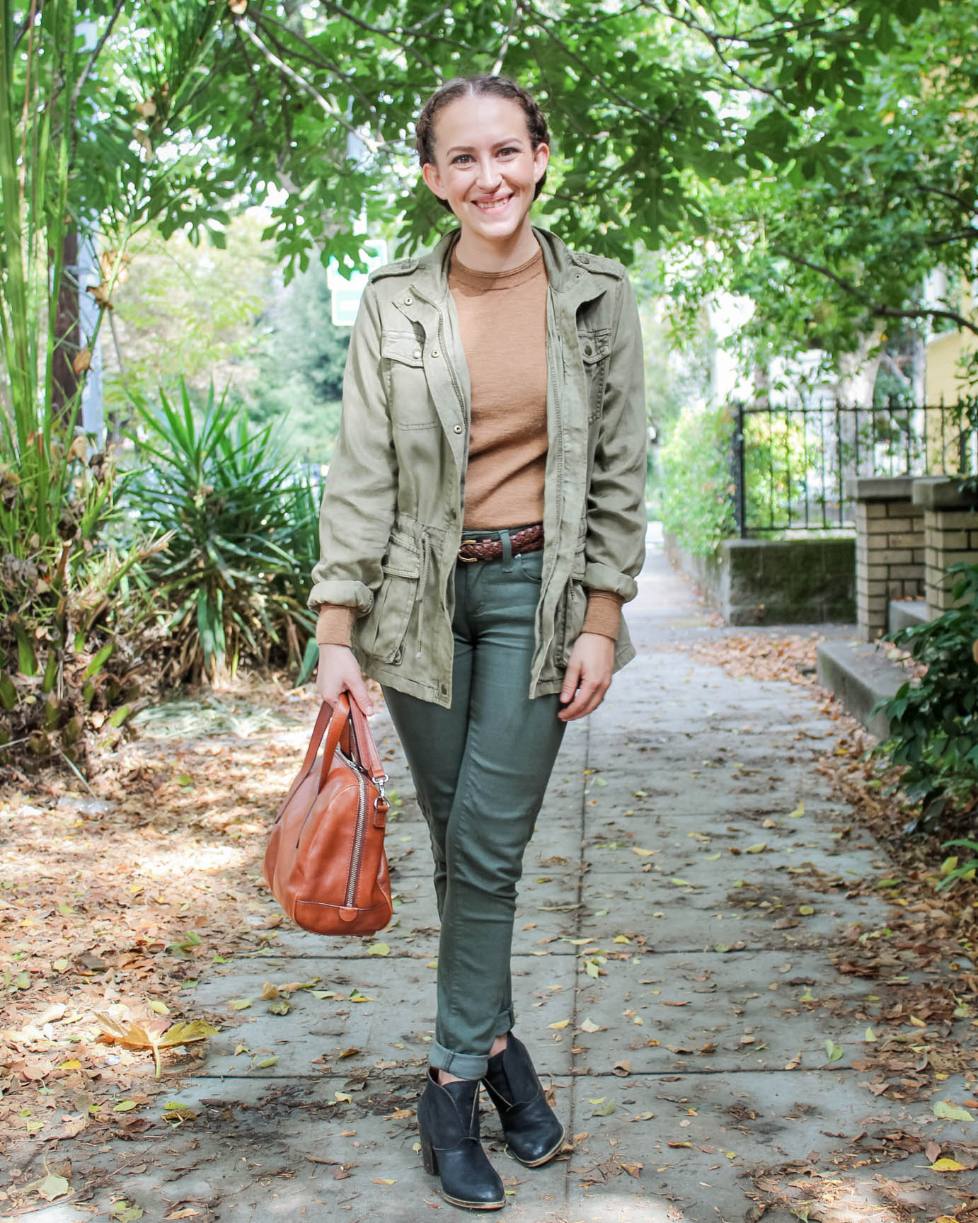 Capsule wardrobe outfit fall 2016 | what to wear to an interview | tintedgreenblog.com