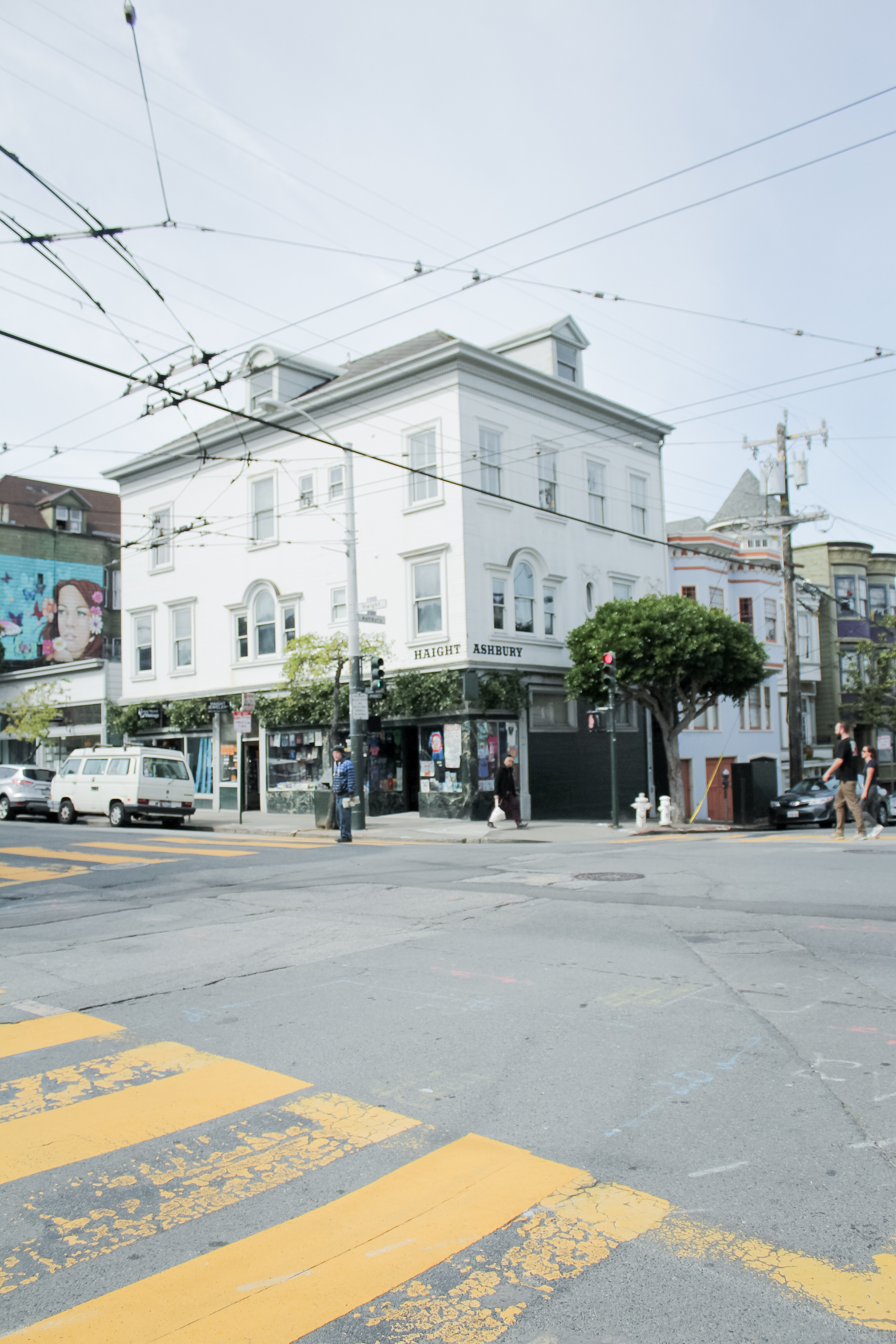 The corner of Haight-Ashbury in San Francisco, CA || 7 PLACES TO VISIT IN HAIGHT-ASHBURY, SAN FRANCISCO || tinted green