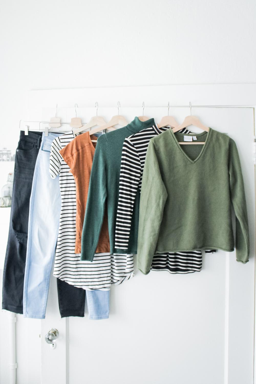 casual spring capsule wardrobe pieces / spring 10x10 / unfancy remix / tintedgreen