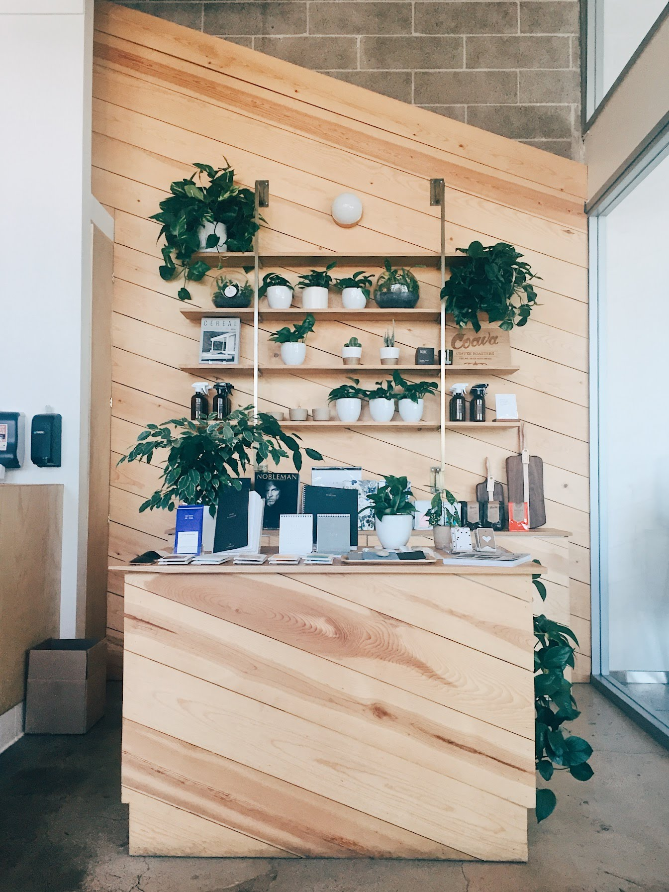 kit coffee shop interior in newport beach, ca