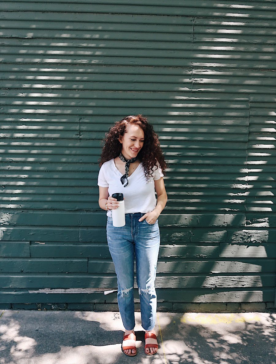 casual but chic way to wear boyfriend jeans. white v neck tee, madewell high rise slim boyjeans, slide sandals by j crew. bandana outfit. nursing friendly outfit. weekend outfit.