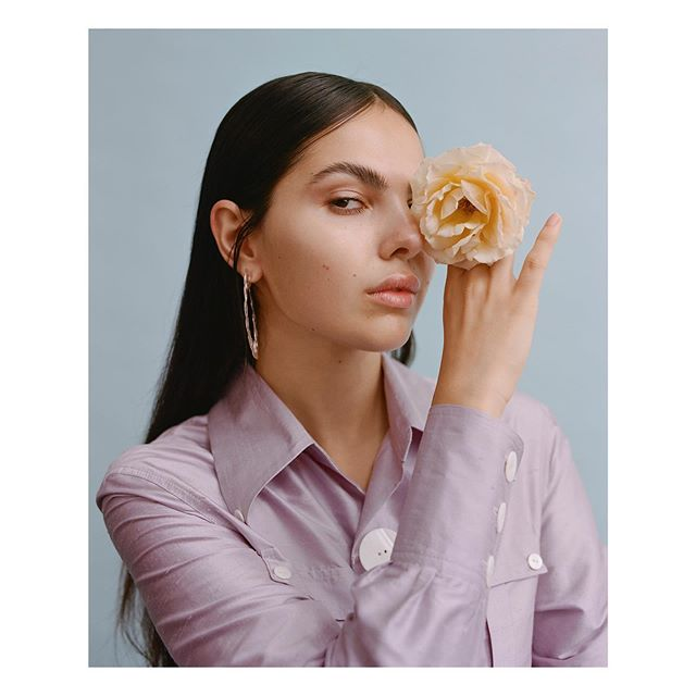 @doina for @notion 🍒 with the amazing team  Words @bycalmcintyre  Fashion @amysimmonsstylist  Makeup and Hair @emilywoodmakeup @creativesmuandh  Fashion Assistant @klo.e_glf  Production @studionotion  Wearing @paulanadal__  @nomoreplasticco 🌱 @beaumontlondon  #notion #notionmagazine #silvanatrevale #amysimmons #emilywoodmakeup #doinaciobanu #nomoreplastic #kodak #mediumformat