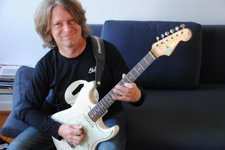 Thomas Blug - Gitarrist und Gründer von BluGuitar
