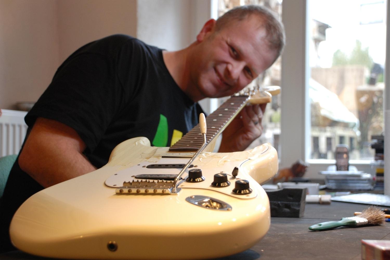 Uwe Sicks - Gitarrist und Gitarrentechniker aus St. Wendel