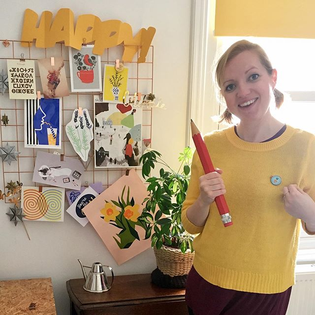 HAPPY 'JUST A CARD' DAY 2019! 🌈🥳👏💋✨🥂💞🎉🎈💃🏻🌈 I've joined the party, so here's me wearing my badge with pride in my studio with lots of yellow and a big pencil ✏️ for those of you who don't know me, my name is Victoria, and I am an illustrator and one small part of team #justacard. I firmly believe in the power of the people and today is a day that we can all get behind small and independent businesses, everywhere! Team Just a card are announcing some very exciting news  today so head over to @justacard and @fundingcircleuk to read all about it a have a chat! #justsupportsmall #justacard #justacardday #justabook #wearyourbadge #shopsmall #shopindie